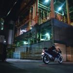夜ツーは夏バイクの醍醐味!工場地帯と夜の街でフォトジェニックな時間を楽しもう【探検】 -