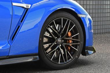 日産GT-R2020 タイヤ