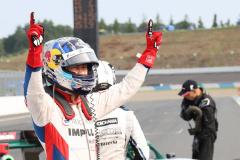 スーパーフォーミュラもてぎで優勝した平川亮