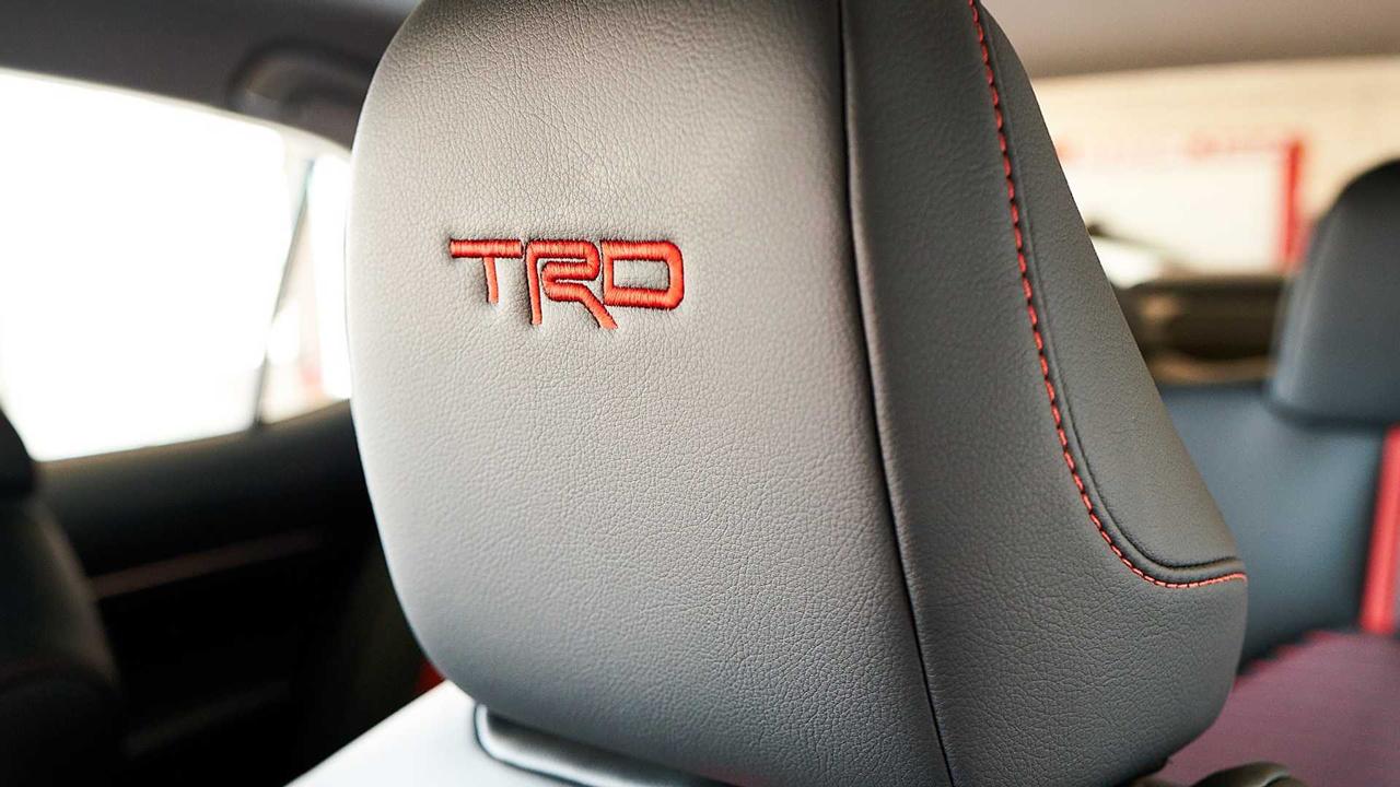 「トヨタ カムリの北米専用モデル「カムリTRD」が発売! よりエキサイティングなルックスに」の11枚目の画像