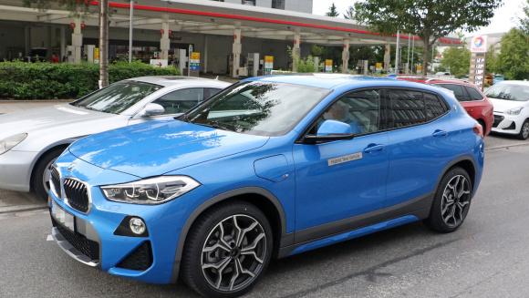 BMW X2 PHV外観_003