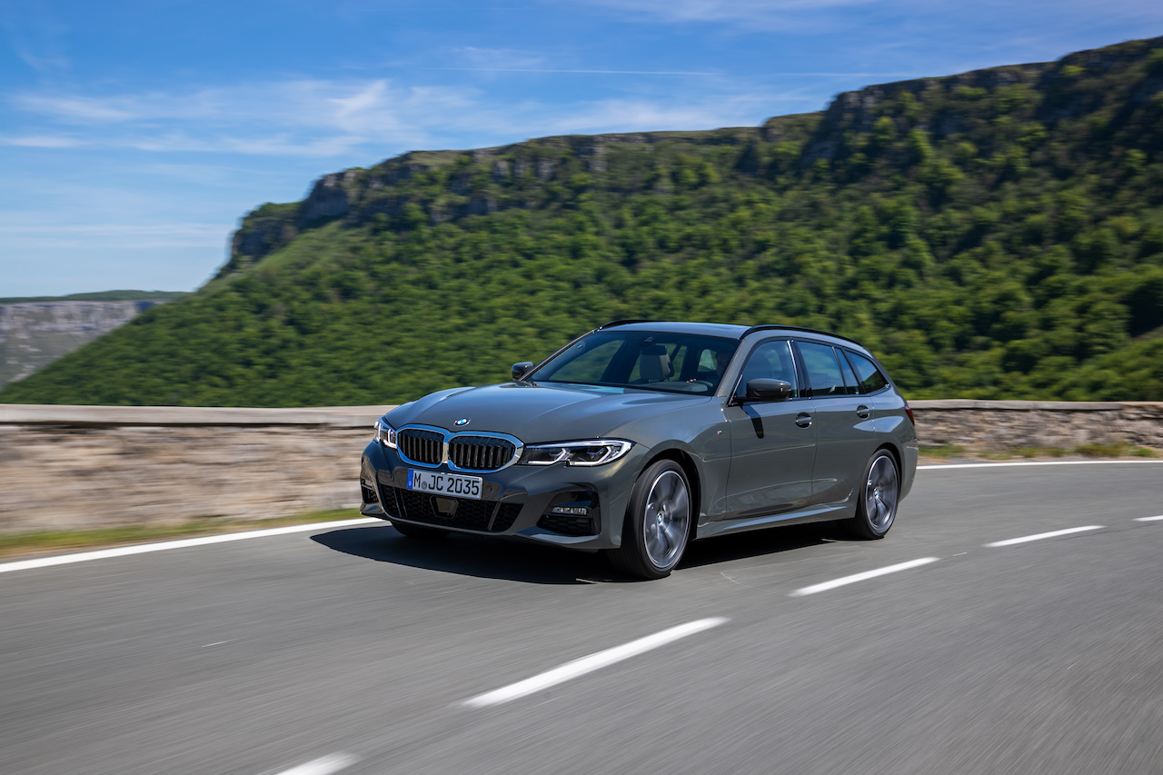 「新型BMW 3シリーズに待望のツーリング(ステーションワゴン)が登場【新車】」の10枚目の画像
