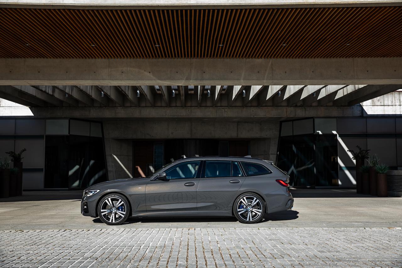 「新型BMW 3シリーズに待望のツーリング(ステーションワゴン)が登場【新車】」の9枚目の画像