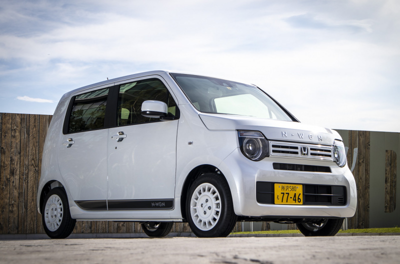 N-WGN純正ディーラーオプション装着車(フロントビュー)