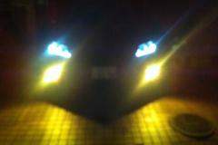 ヘッドライトカラー