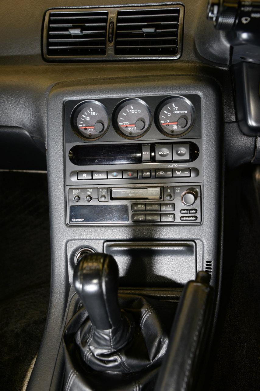 R32GT-Rの三連メーター