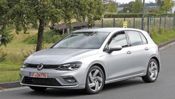 VW ゴルフGTE 新型 外観_004