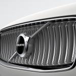 ボルボ XC90がマイナーチェンジ。自慢の安全装備を強化し、特別仕様車の「XC90 D5 AWD R-Design」も設定【新車】 - Volvo_XC90_2019823_10