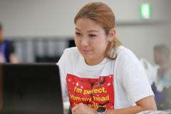 サーキット女子_エイミー_004