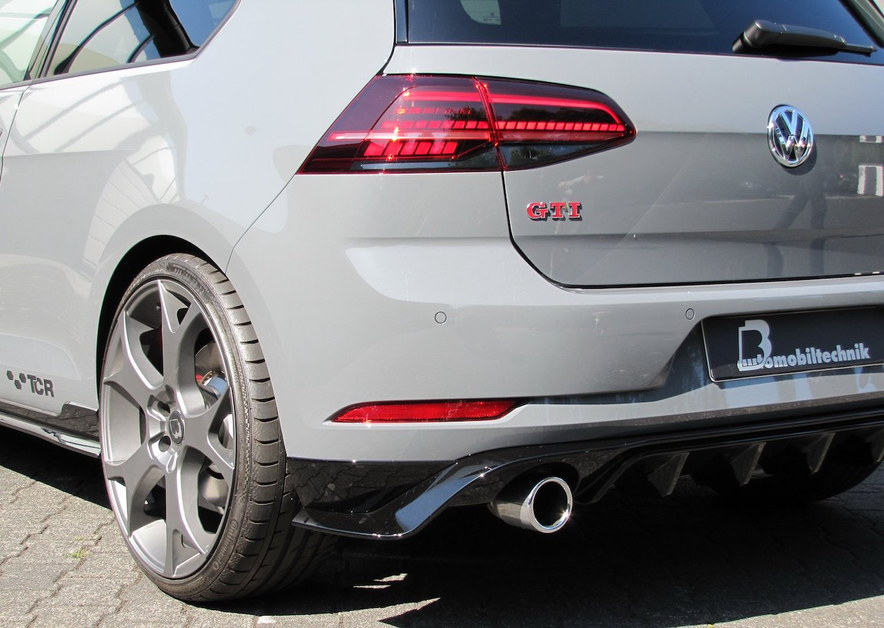 「VWゴルフが過激なハッチバックに変身!? ゴルフGTI TCR用のチューニングキットが発表」の4枚目の画像