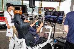 VRレーシングシミュレーター