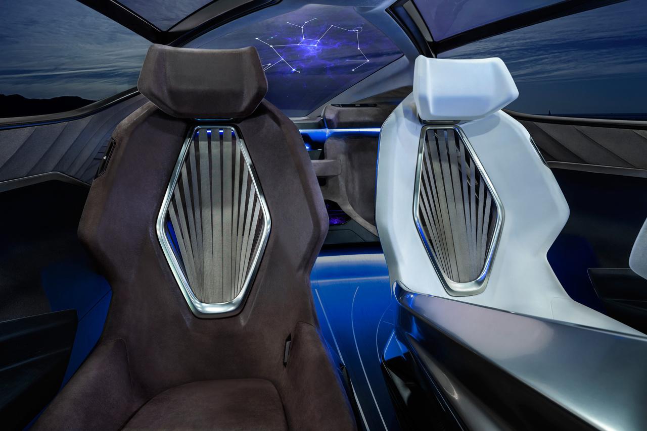 「鉱石のような塊感! レクサスの電動化ビジョンを象徴するコンセプトモデル「LF-30 Electrified」を公開【東京モーターショー2019】」の17枚目の画像