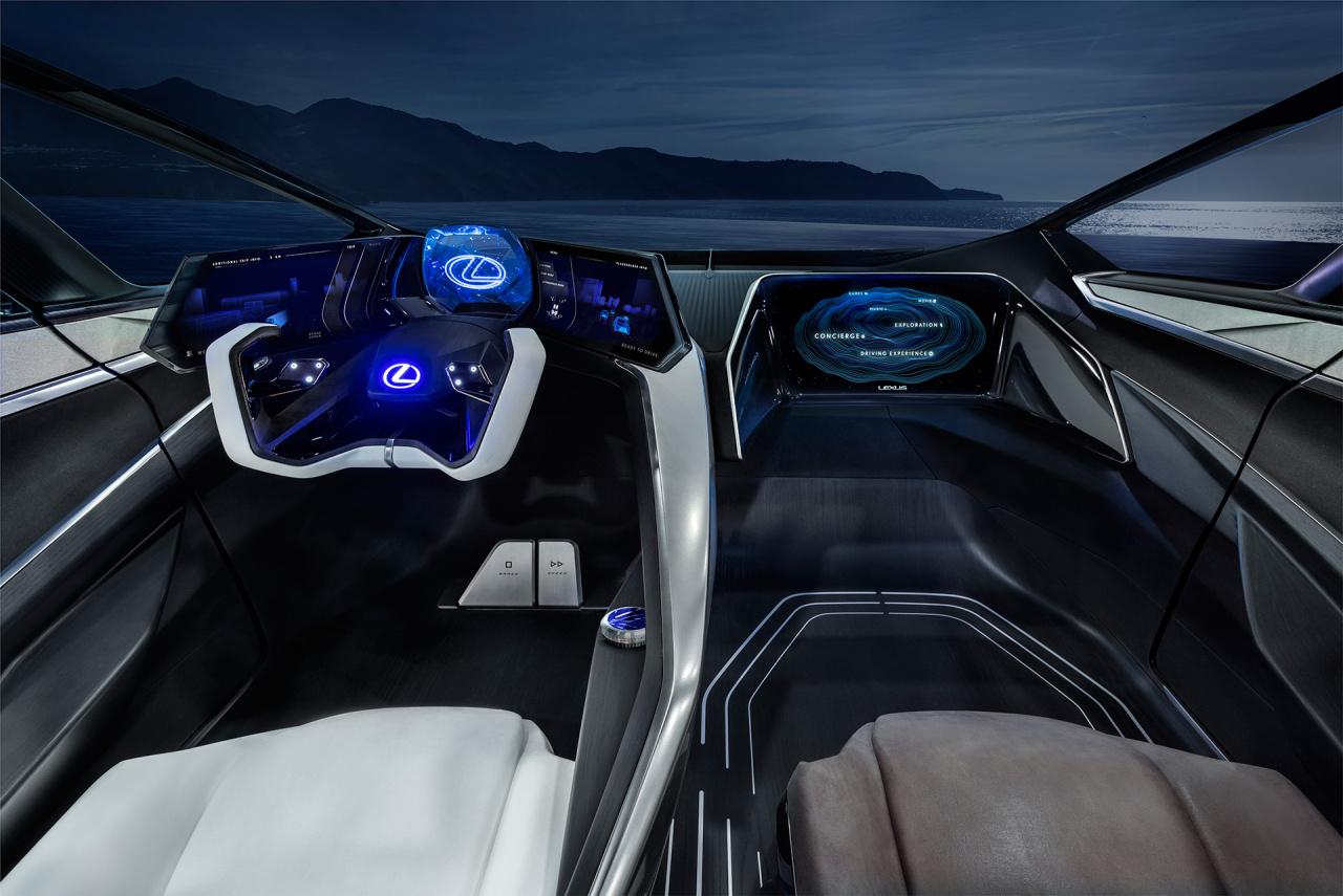 「鉱石のような塊感! レクサスの電動化ビジョンを象徴するコンセプトモデル「LF-30 Electrified」を公開【東京モーターショー2019】」の16枚目の画像