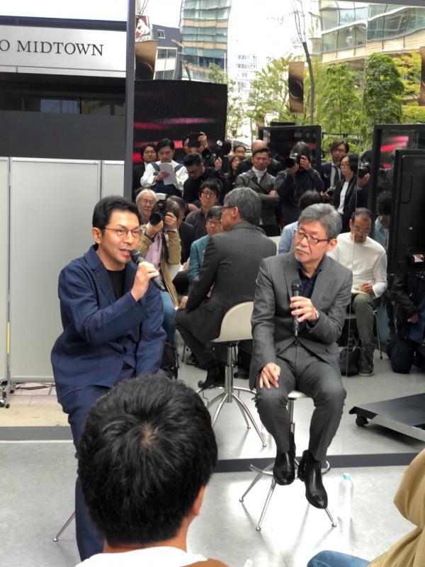 於保浩介(おほ こうすけ)WOWエグゼクティブ・バイス・プレジデント、チーフ・クリエイティブ・ディレクター(左)と前田 育男(まえだ いくお) マツダ常務執行役員デザインブランドスタイル担当(右)