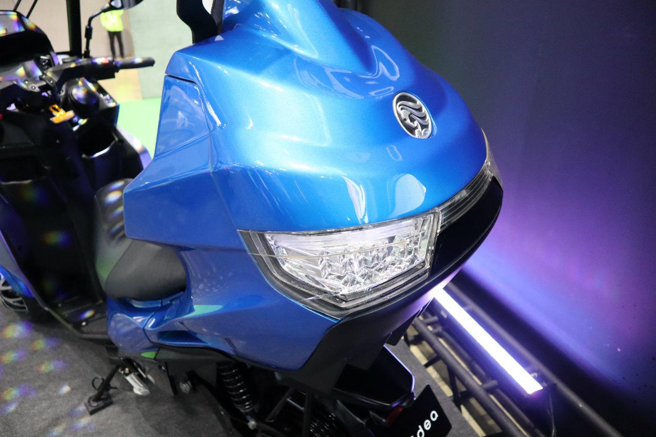 「バイクから家に電気を供給できる! 日本発の新ブランド「アイディア」の電動スクーターが誕生【東京モーターショー2019】」の12枚目の画像