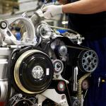 ボルボ・カーズからエンジン事業が独立、吉利汽車(ジーリー)と共に一大エンジンサプライヤー誕生。将来的にはロータスにも供給予定! - Assembly in Volvo Cars' engine factory in Skövde, Sweden