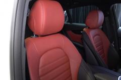 メルセデスベンツ GLC クーペのフロントシート