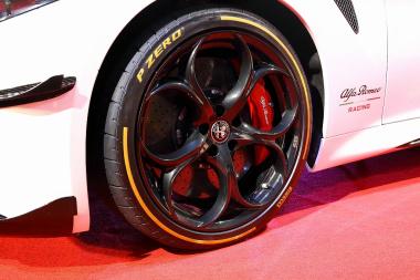 タイヤ&ブレーキ