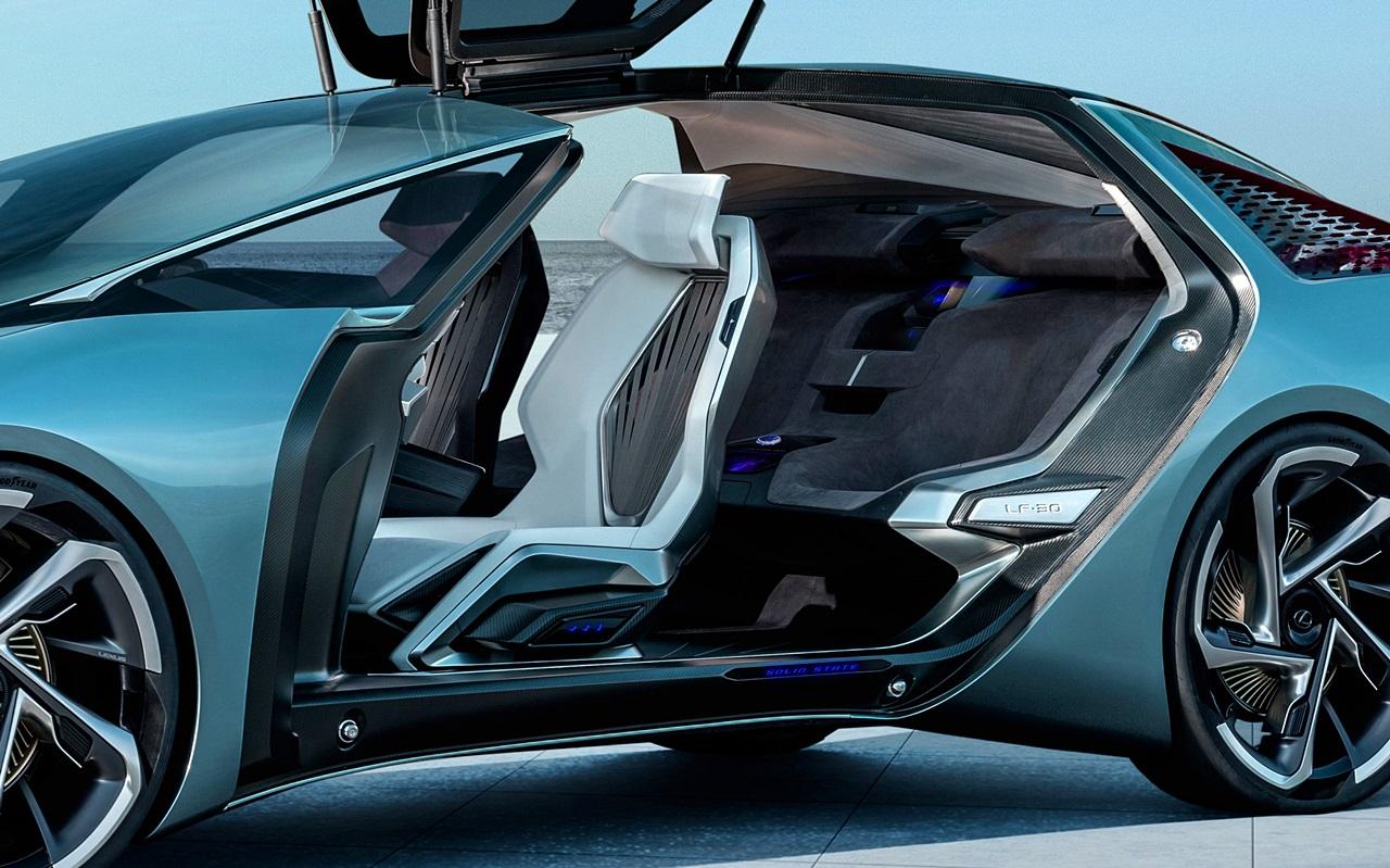 「レクサスが将来のEVを示唆するコンセプトカーを公開。自動運転で航続距離は500kmに【東京モーターショー2019】」の4枚目の画像