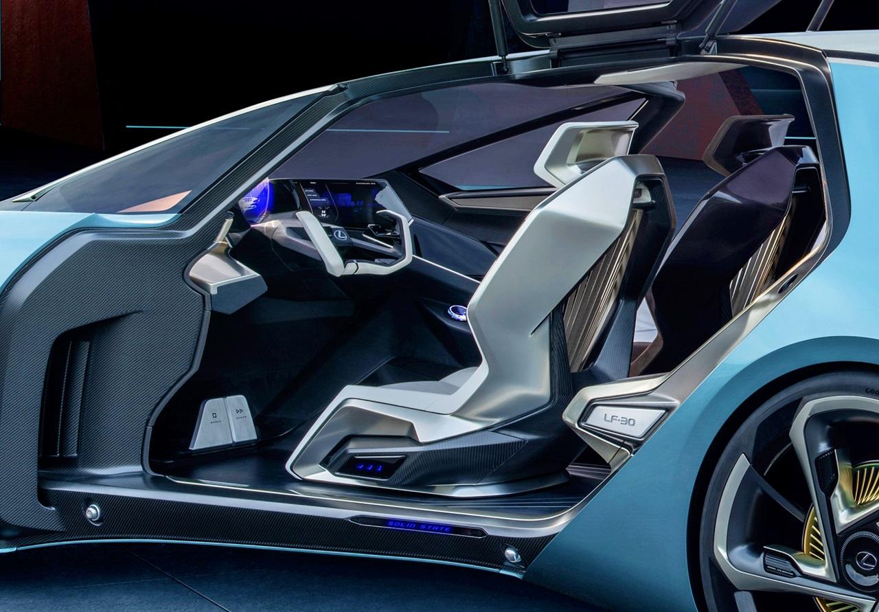 「レクサスが将来のEVを示唆するコンセプトカーを公開。自動運転で航続距離は500kmに【東京モーターショー2019】」の3枚目の画像