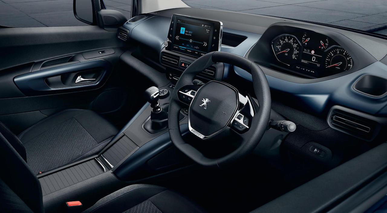 「ルノー・カングーに最強のライバルが出現!? MPVのプジョー・リフターは先進安全装備を満載【新車】」の19枚目の画像