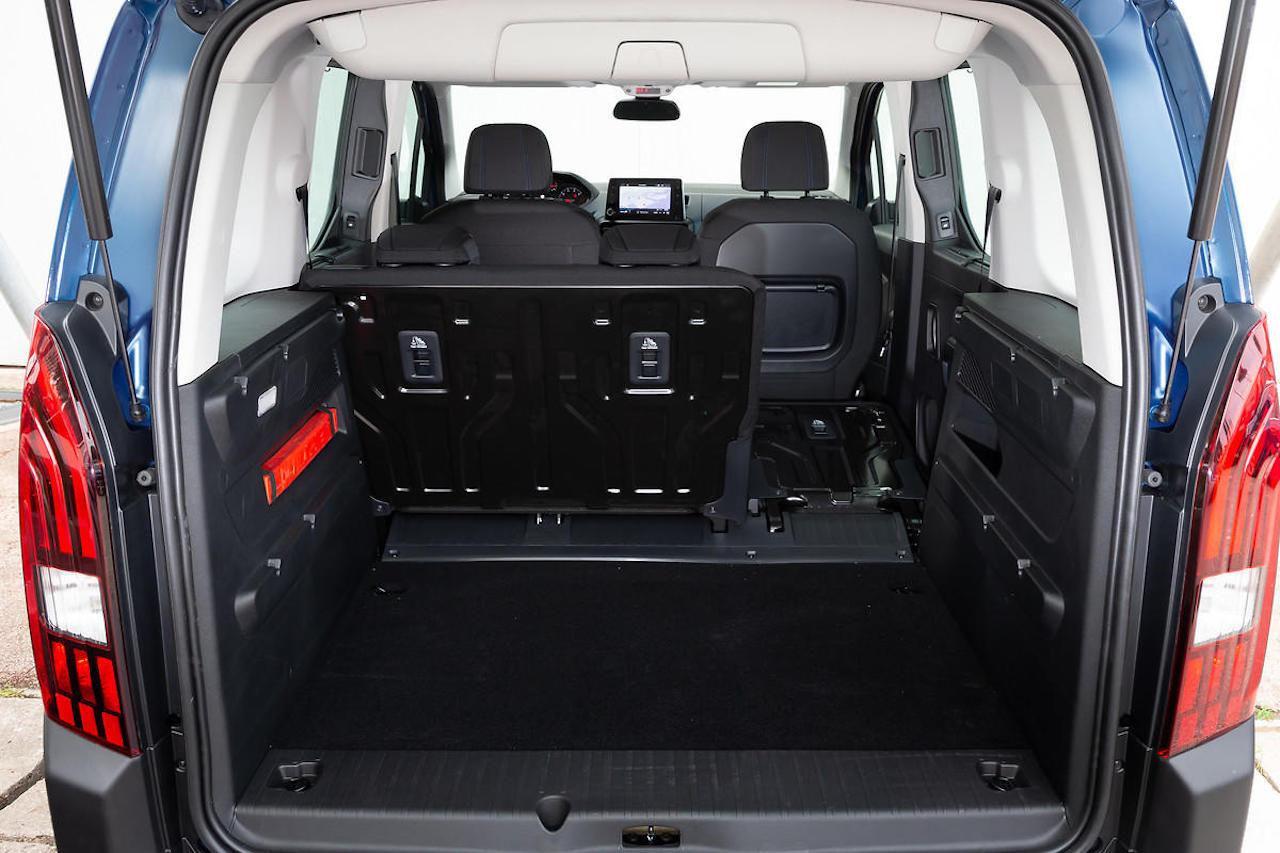 「ルノー・カングーに最強のライバルが出現!? MPVのプジョー・リフターは先進安全装備を満載【新車】」の8枚目の画像