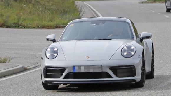 ポルシェ 911 GTS外観_001