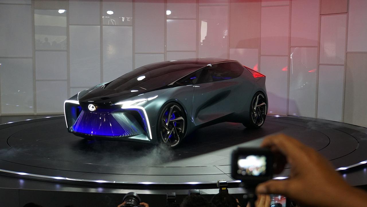 「鉱石のような塊感! レクサスの電動化ビジョンを象徴するコンセプトモデル「LF-30 Electrified」を公開【東京モーターショー2019】」の5枚目の画像
