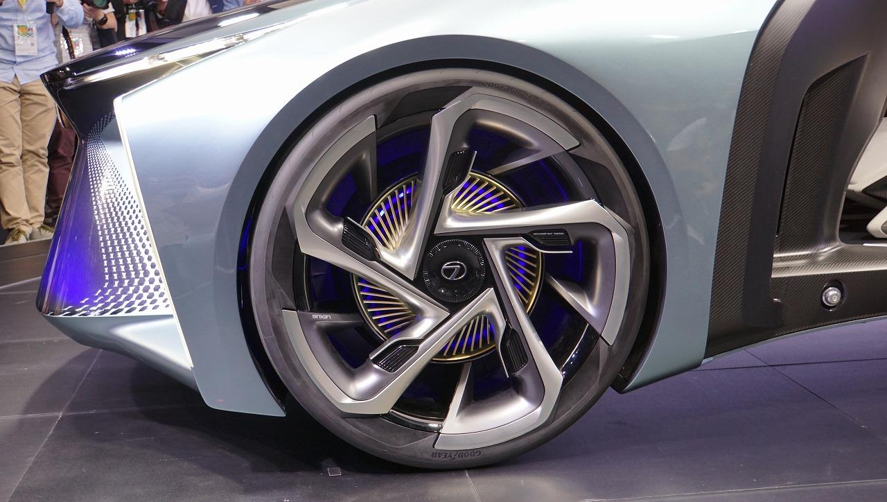 「鉱石のような塊感! レクサスの電動化ビジョンを象徴するコンセプトモデル「LF-30 Electrified」を公開【東京モーターショー2019】」の7枚目の画像