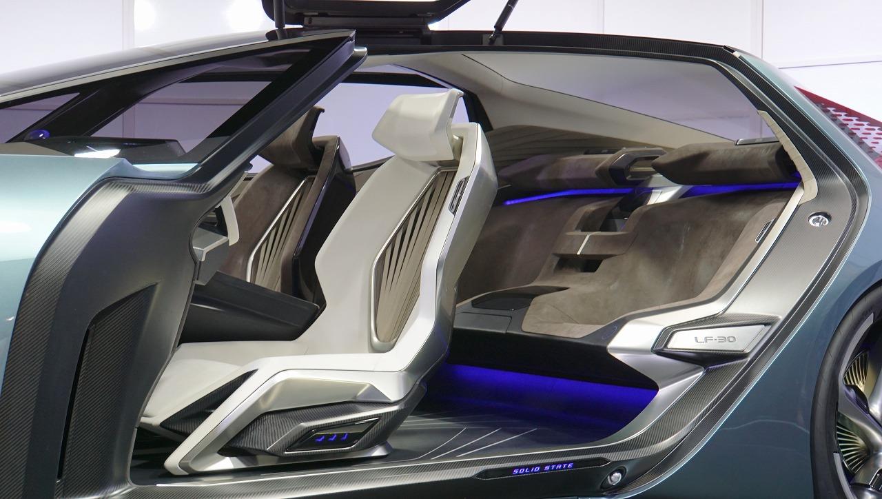 「鉱石のような塊感! レクサスの電動化ビジョンを象徴するコンセプトモデル「LF-30 Electrified」を公開【東京モーターショー2019】」の10枚目の画像