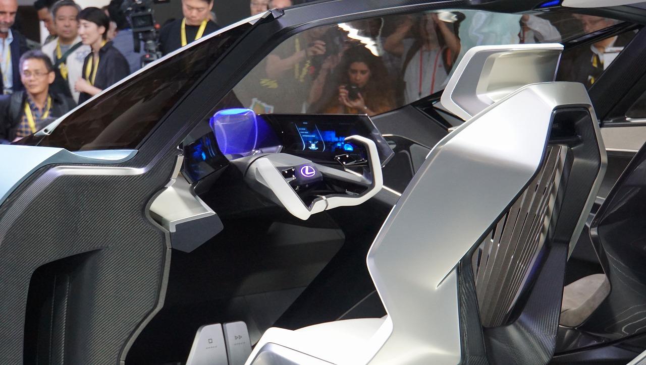 「鉱石のような塊感! レクサスの電動化ビジョンを象徴するコンセプトモデル「LF-30 Electrified」を公開【東京モーターショー2019】」の9枚目の画像