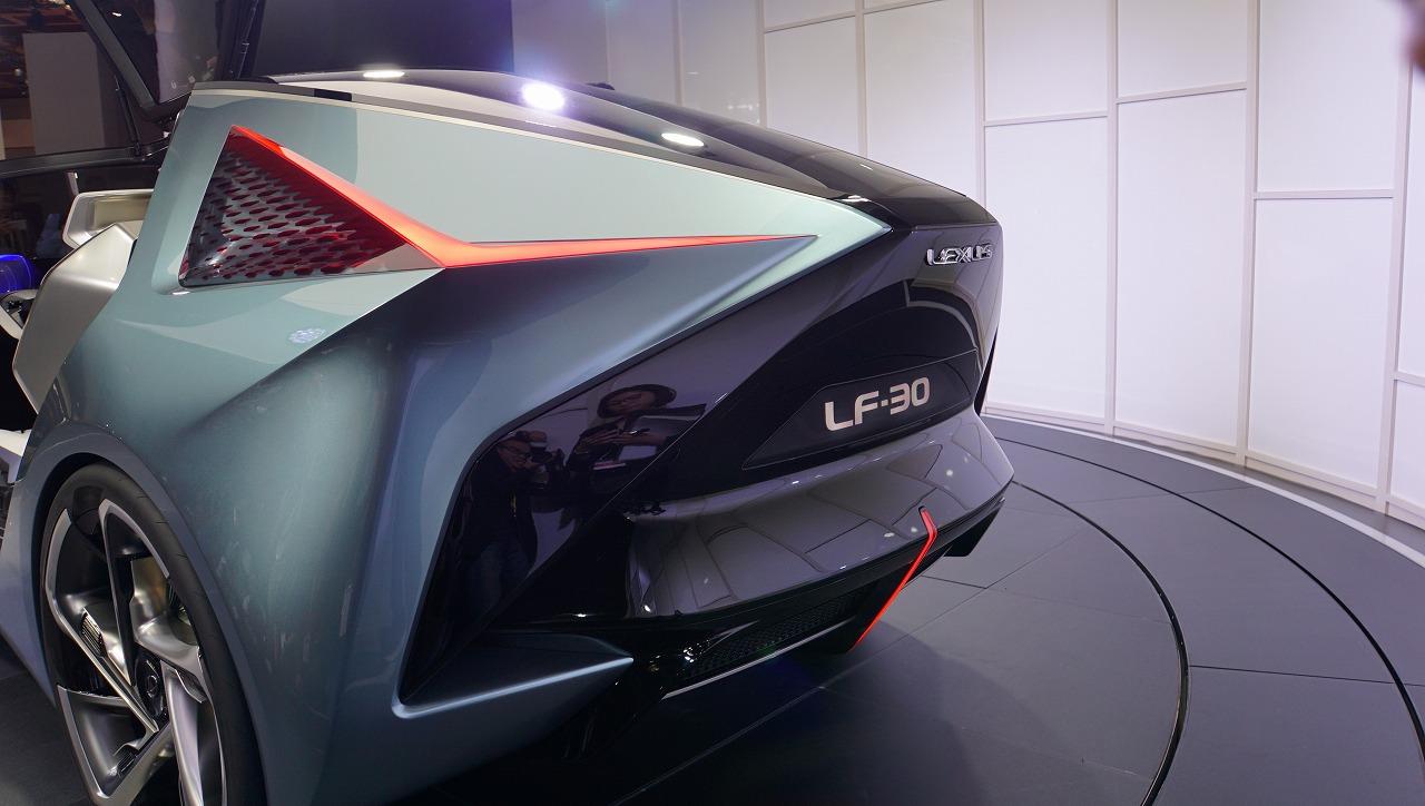 「鉱石のような塊感! レクサスの電動化ビジョンを象徴するコンセプトモデル「LF-30 Electrified」を公開【東京モーターショー2019】」の8枚目の画像