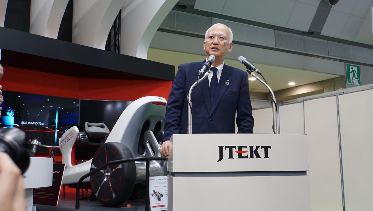 「世界シェア1位のパワステメーカーは日本のJTEKT(ジェイテクト)。ベテランバス運転手並みの自動運転を実証【東京モーターショー2019】」の1枚目の画像