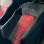 フォルクスワーゲン・ゴルフGTIに史上最速・最強を誇る「ゴルフGTI TCR」が600台限定で設定。最高出力290PS、最大トルク380Nmで価格は5,098,000円【新車】 - GolfGTI_TCR_1007_頭ai