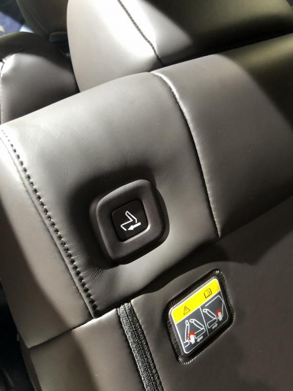 MAZDA CX-8 POWER SEAT