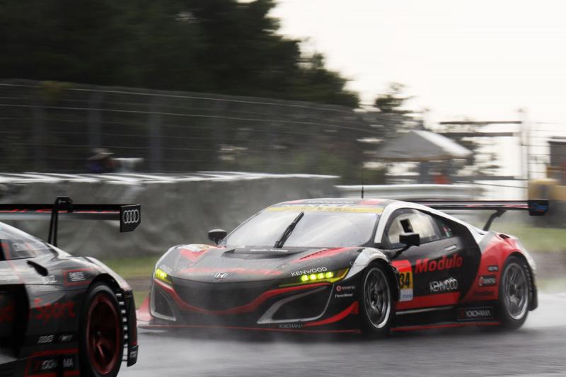 オートポリスでのModulo KENWOOD NSX GT3