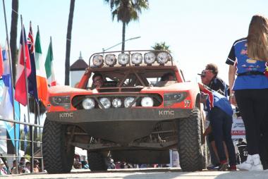 Robby Gordon(ロビー・ゴードン)選手の77号車