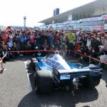 伝説の6輪F1マシン、Tyrrell P34がやってきた!カウルが外れている貴重な瞬間を目撃【SUZUKA Sound of ENGINE2019】 - soundofengine2-4