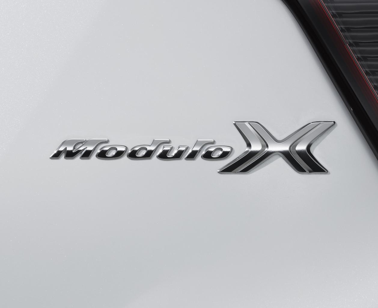 「大人のスポーティが味わえる「モデューロX」がホンダ・ヴェゼルに新登場【新車】」の11枚目の画像