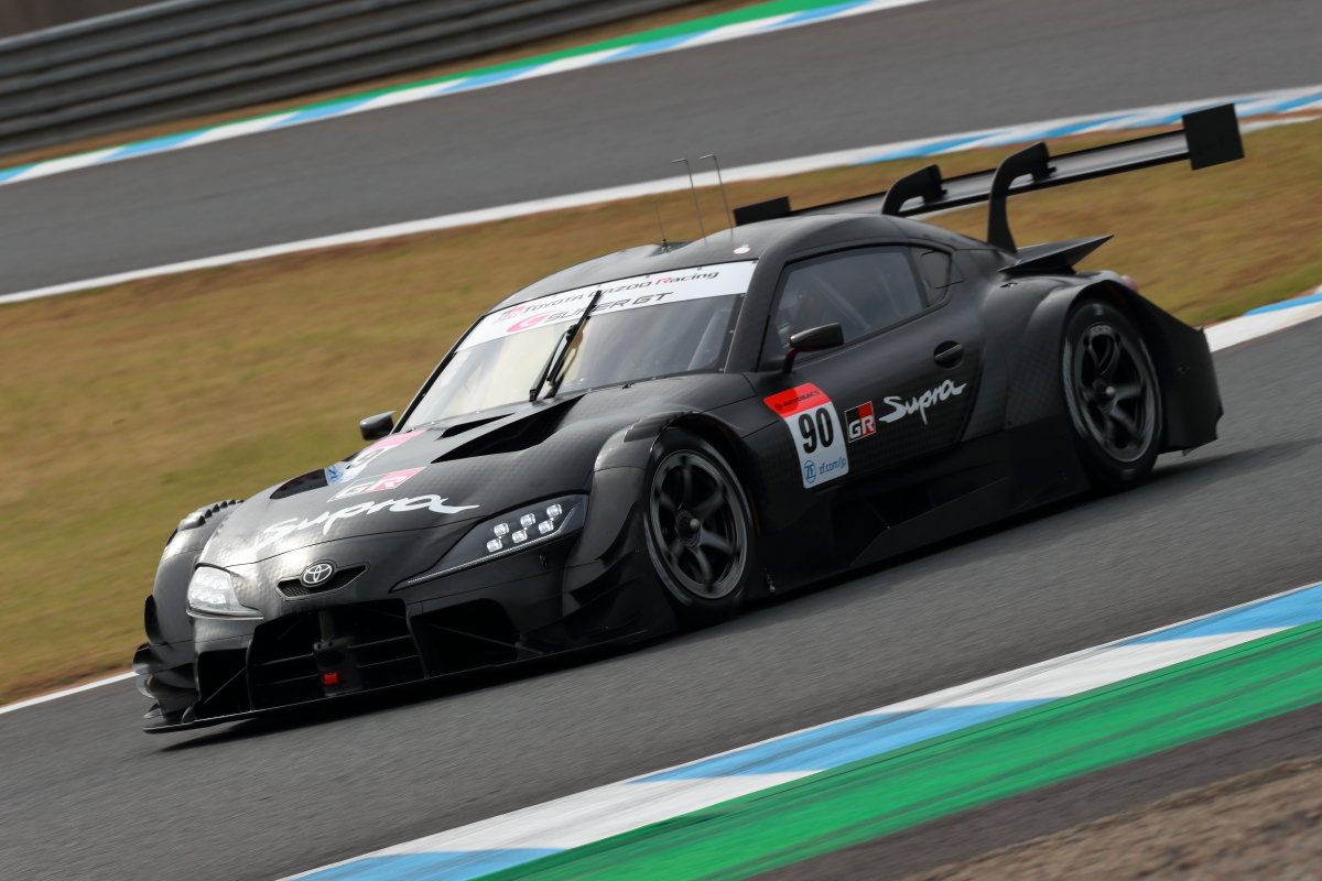 「クラス1規定いよいよ本格始動!2020年仕様のGT500クラス開発車両がデモランを披露【SUPER GT 2019】」の2枚目の画像
