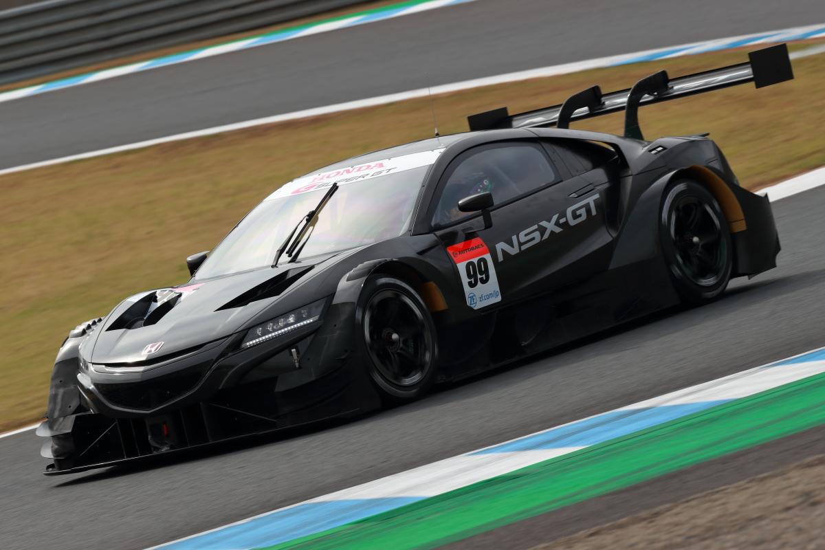 「クラス1規定いよいよ本格始動!2020年仕様のGT500クラス開発車両がデモランを披露【SUPER GT 2019】」の3枚目の画像