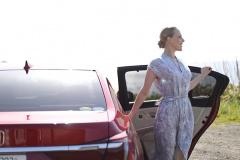 美女とロングドライブ