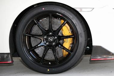 タイヤ&ホイール+ブレーキ