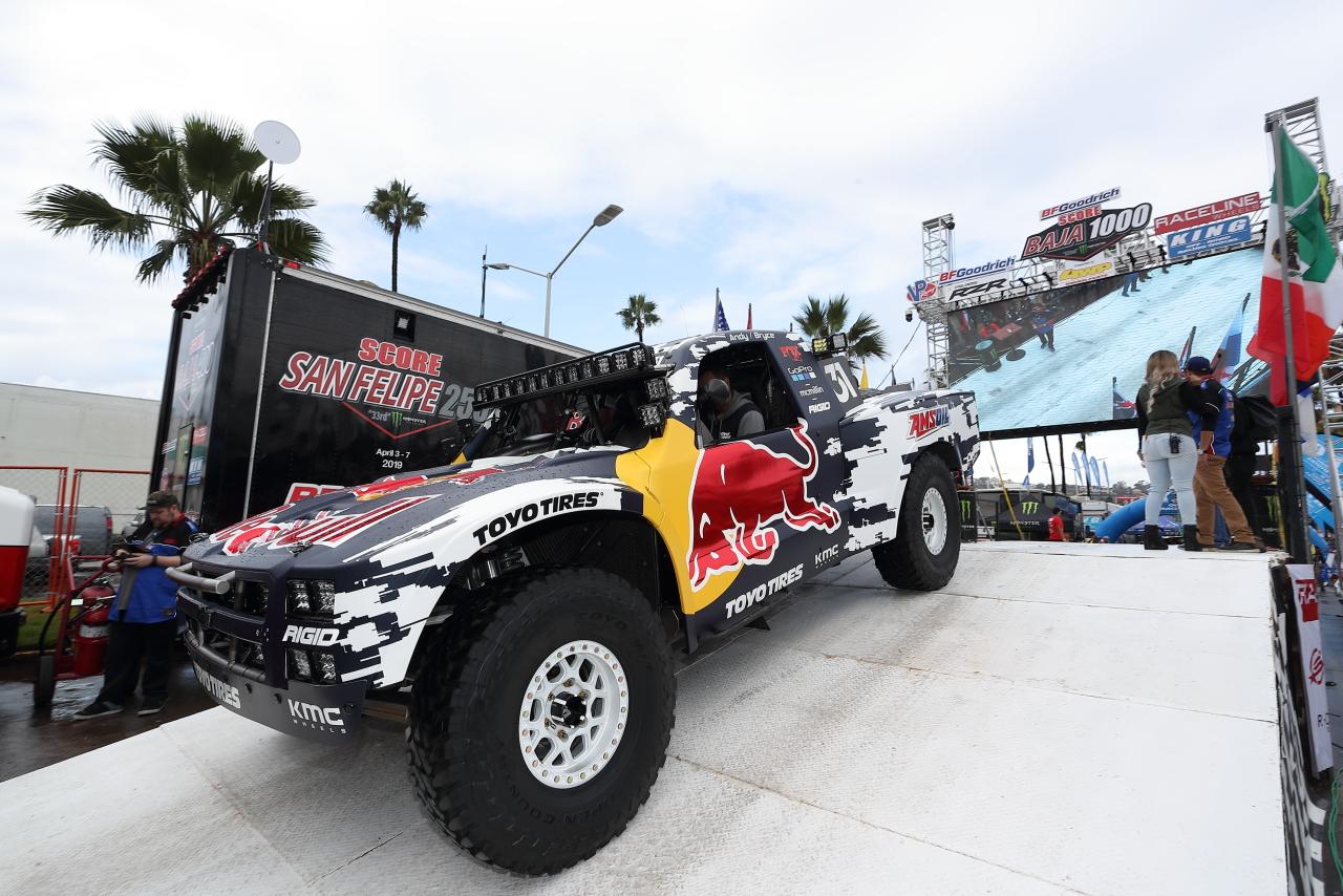 2019SCOREシリーズチャンピオンとなったTOYO TIRESを履く31号車