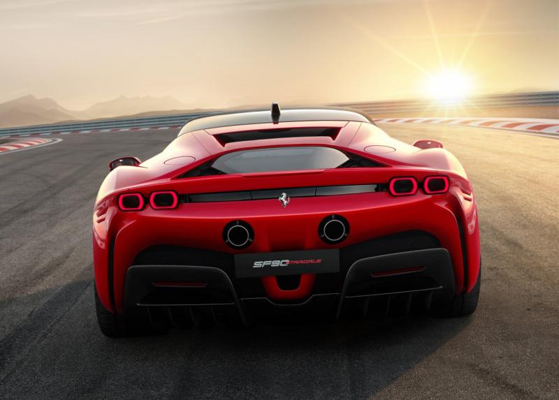 フェラーリ SF90外観_003