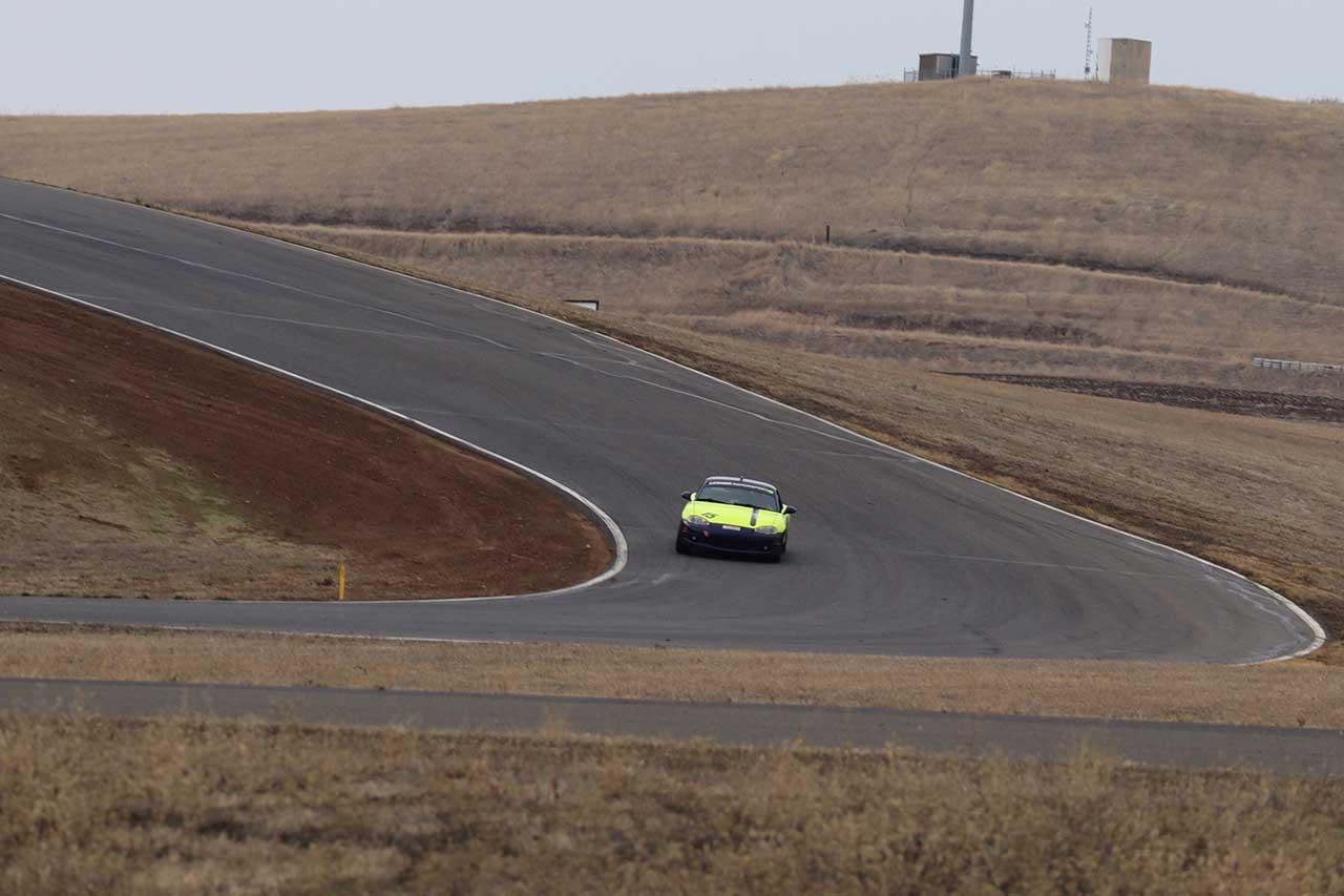 「世界最長の耐久レース!?アメリカ・サンダーヒル25時間レースにドリフト王者「川畑真人」が参戦!」の9枚目の画像