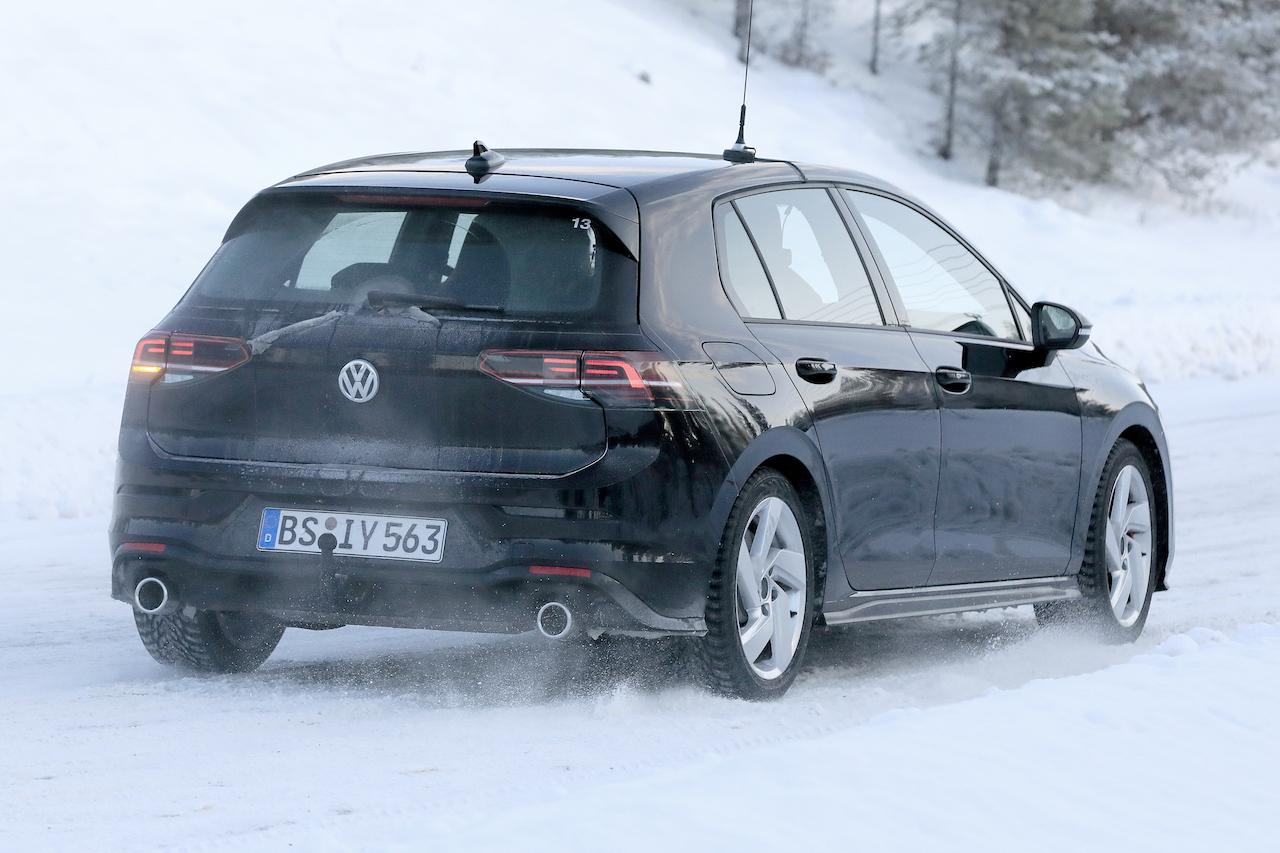 VW ゴルフ GTI外観_007