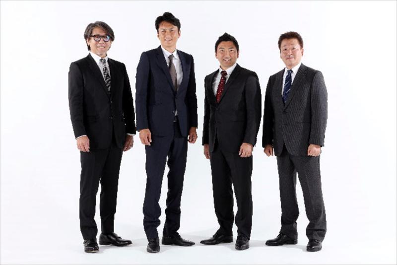 安藝代表、谷口選手、片岡選手、河野チーフエンジニア