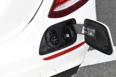 E350de 充電