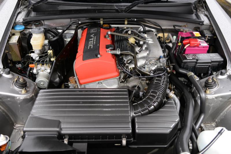 3万キロ走行の1999年式AP1のエンジンルーム